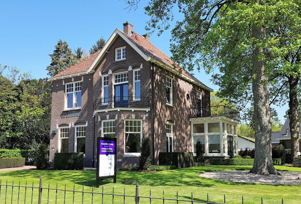 Villa 'De Eerdbeek' AcademySuite